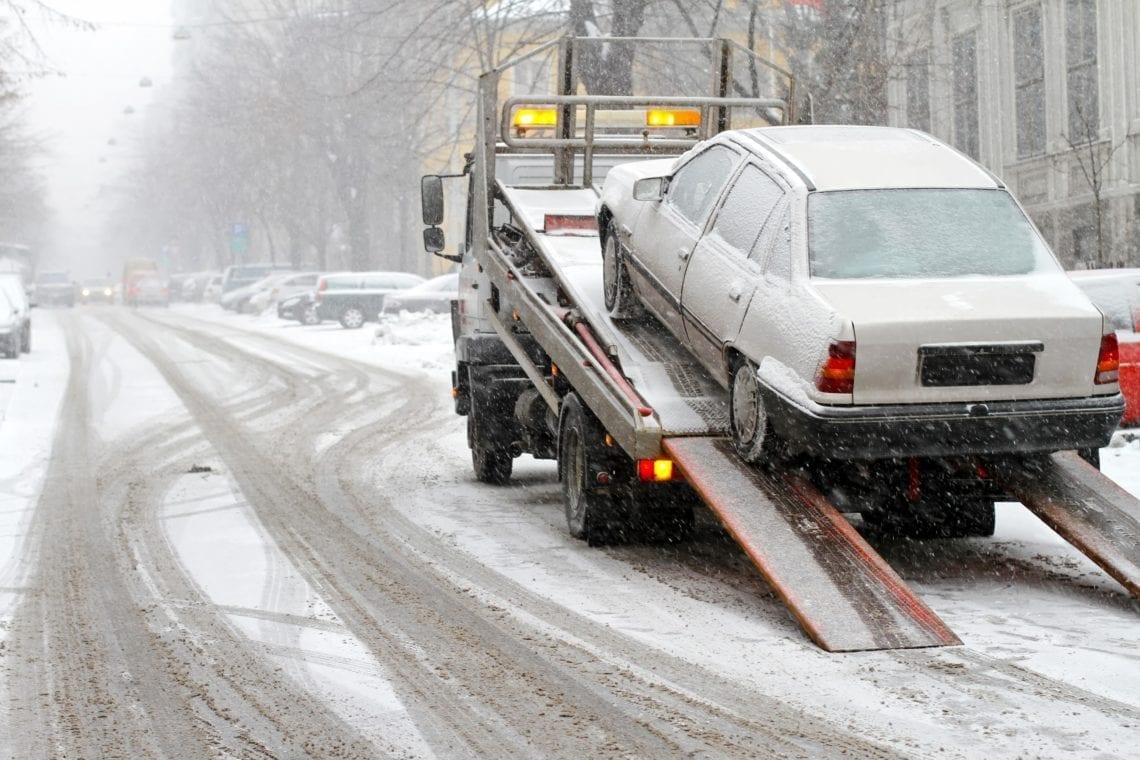 how to get a car towed in toronto